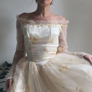 Vintage 50s 60s wedding gown tulle